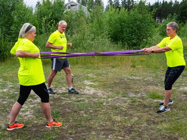 To venninner trener på Camp Eggemoen